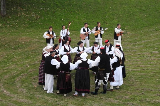 LokalnaHrvatska.hr Gospić II. vecer folklora u sirokoj Kuli